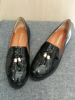 Black loafers from Korea