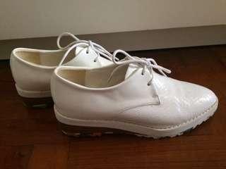 全新白色高厚Shoes