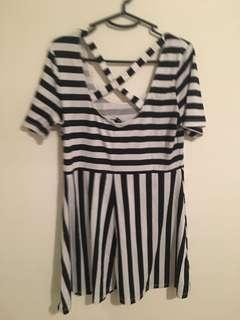 Black and white striped H&M short sleeved dress