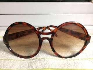 2 pcs Sunglasses