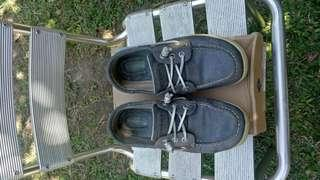 Sperry gray for womens