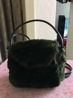 綠色毛毛手袋