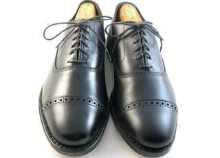 New Allen Edmonds Fifth Avenue leather shoe. Size mismatch 9 & 9.5D
