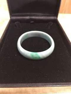 Jade oval bracelet