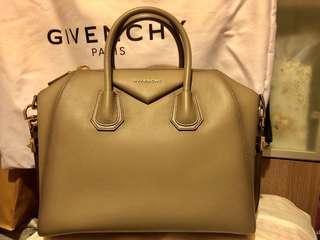 Givenchy Antigona Medium - 9成9 新
