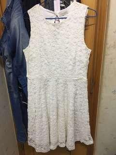 Pull & bear lace 連身裙 全新