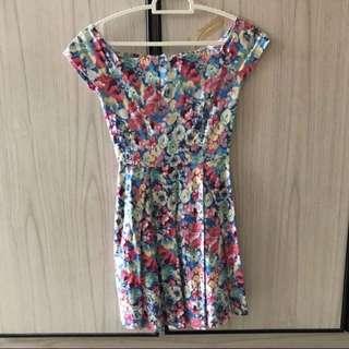 🚚 Zalora Off Shoulder Floral Dress
