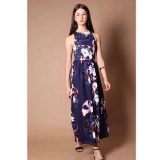 🚚 The Stage Walk Luciano Dress in Navy