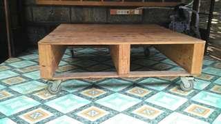 Jual meja kayu ada roda