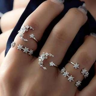 Trendy fashionable White Crystal Carving Ring 5pcs Silver Color (READY STOCK)