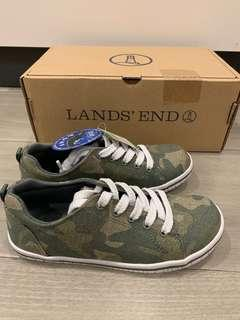 Camouflage design sneakers