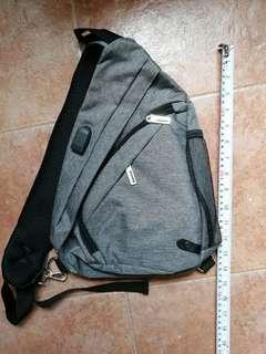 🚚 Sling bag hurry don't wait
