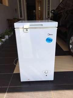 Midea Chest Freezer 61L (White)