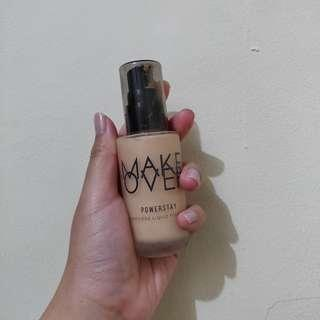 Makeover Powerstay Weightless Liquid Foundation - W33