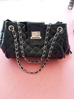 Woman handag / sling bag #MMAR18