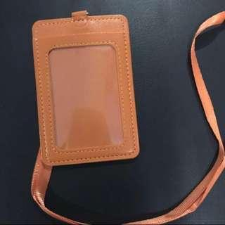 🚚 Orange card holder
