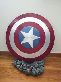 Captain America Cattoys Shield & Base stand
