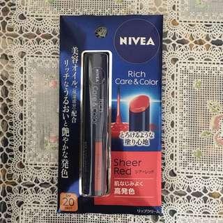 全新Nivea Rich Care & Color Sheer Red潤唇膏 SPF20PA++