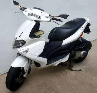 ST200 for sub - ride ( sub-ride , motorcycle rent , motorbike rent , bike rental , motorcycle rental )