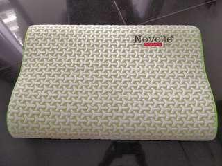 Novelle memory foam pillow