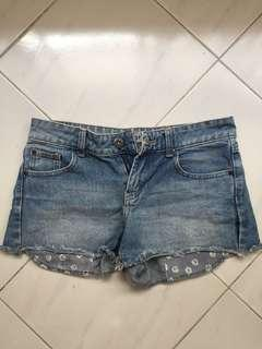 🚚 Factorie Denim shorts