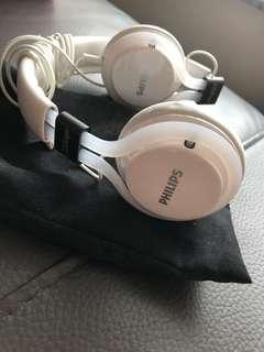 Philip cityscape headphone in white