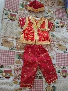 🚚 Preloved new year baby costume