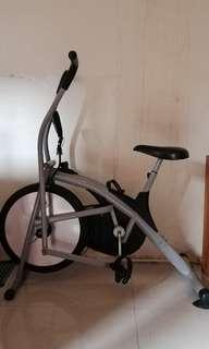 Exercise bike /stationery bike