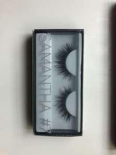 🚚 Huda Beauty Eyelashes