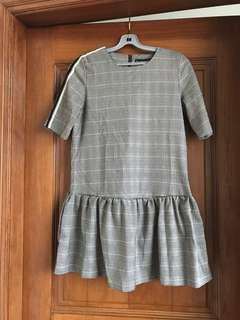 🚚 BNWT Striped Sleeve Pinstriped Minidress w Low Skirt XS/6-8