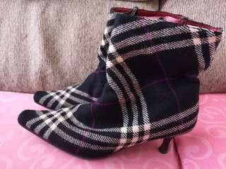 Burberry heeled boots