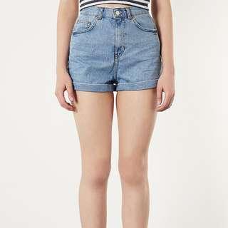 🚚 Topshop Light Vintage Washed Denim Mom Shorts