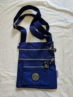 🚚 Travel Sling Bag