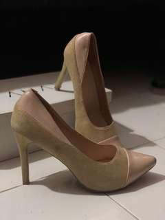 TAMAY Heels
