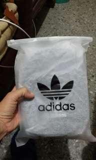 adidas 愛迪達包包