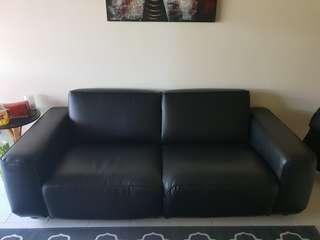 🚚 Dagarn Sofa - hardly used