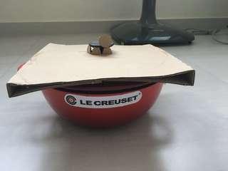 Le Creuset soup pot (Cast Iron)