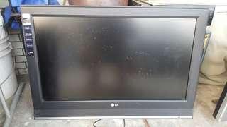 LG 32吋液晶電視已改公板,可收22台數位電視