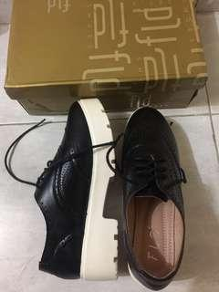 Fladeo Oxford Shoes