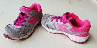 🚚 New Balance Kids shoes