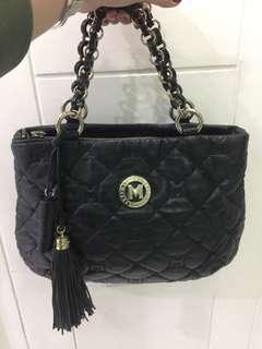 Metro city handbag