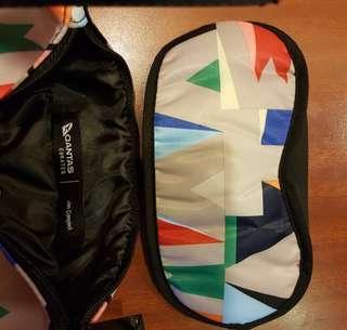 Qantas X Jon Campbell travel kit 旅行袋