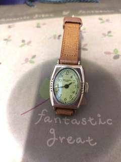 古董手上鍊錶