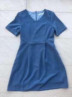 🚚 Plain Blue Dress