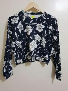 Forever 21 Overrun Floral Sweater