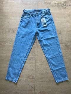 Zara Mom Jeans (Light Blue)