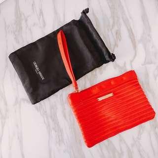 $150 Armani red makeup coin bag bag 紅色化妝袋 細 + 黑色索袋