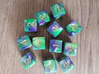 🚚 Purple and Green Dragon Dice