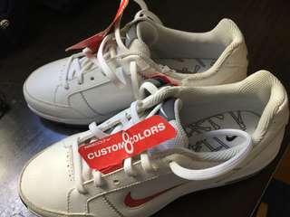 Nike kids shoes super light us size 3Y; EU 35