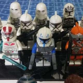 (24 Items) Starwars Minifigure Collection